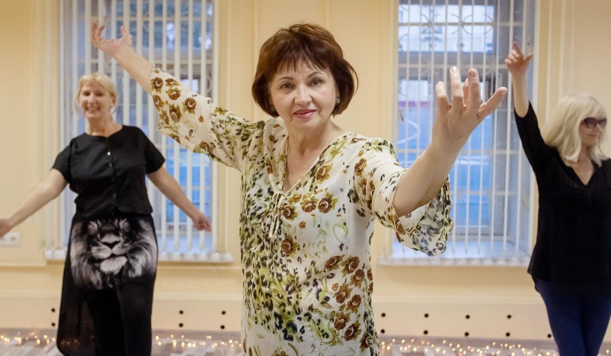 пожилые, танцы