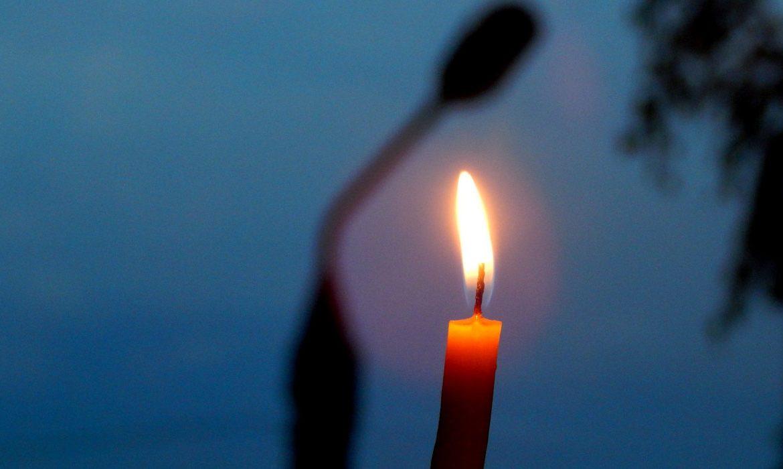 свеча, нет света